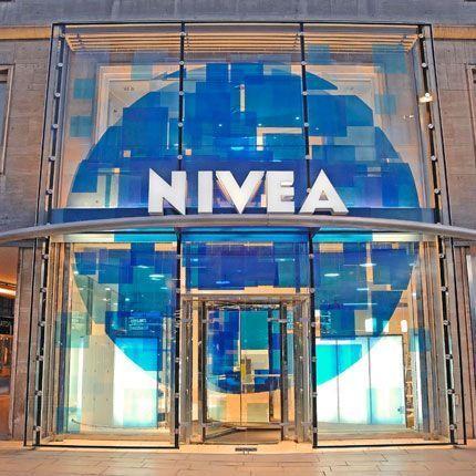 2009-09/entree-de-la-nivea-haus-7efd4d19e86af5002eff3b794769a73cffe984b2.jpg