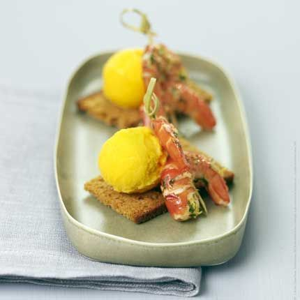 2009-11/queues-de-crevettes-au-gingembre-sur-toast-de-pain-d-epices-et-sorbet-mangue-par-gontran-cherrier-854764538e8edfbc4174488d2626aa153ed1eeb6.jpg