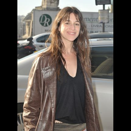 2010-03/charlotte-gainsbourg-158bb66753d2be53180e56cf9abed3467a877667.jpg