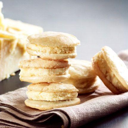 2011-01/macarons-au-parmesan-8738ff146c198c1587dbb6bfe0557185a6dc955e.jpg