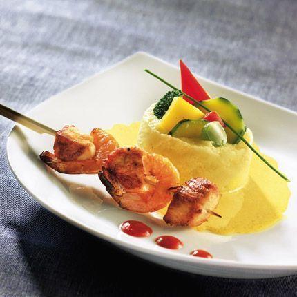 2011-01/soupe-tiede-de-lait-semoule-aux-epices-et-brochettes-700080b2a7e9e0917b2f23f5397f1d2e2a413aba.jpg