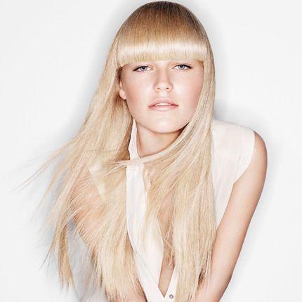 Coiffure cheveux long et blond