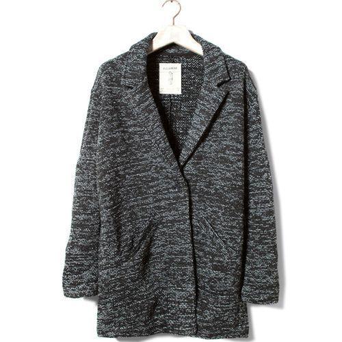 2012-10/manteau-marbre-acrylique-et-polyester-39-99-pull-bear-ddad5f96e1349bc4d7e7f25b16f9d874c7a437b2.jpg