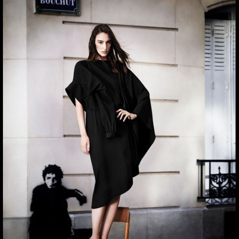 2012-10/robe-asymetrique-149-e4103f4ca24345f64019fb49d869c6c9439d31f6.jpg