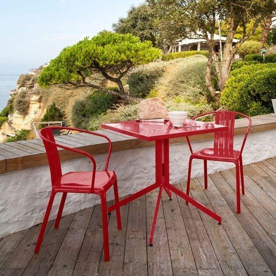 2014-06/table-et-chaise-e1bab02d860bc0f3082f4aecd56221b07b6f573b.jpg