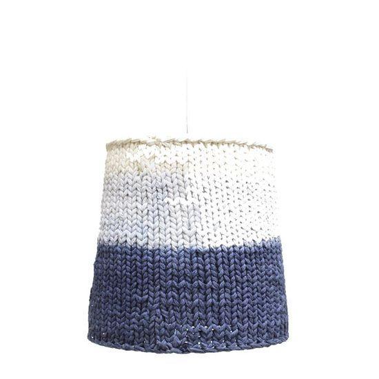 2014-10/abat-jour-en-crochet-leo-le-pirate-4df0c897a26f501fd4b1a528f254949ca798c504.jpg