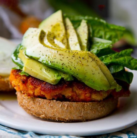2016-02/burger-aux-legumes-e3669f8df99487490c1375b2ff5fbd464cd91b5b.jpg