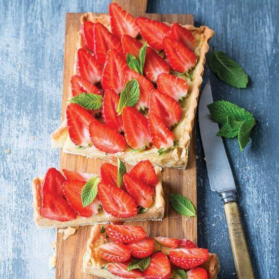 2016-06/ma-tarte-aux-fraises-amandes-et-coquelicots-par-julie-andrieu-b6c7a045f9a659694e94658d7d2ab1976c84caa2.jpg