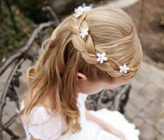 25 Jolies Coiffures De Mariage Pour Petites Filles