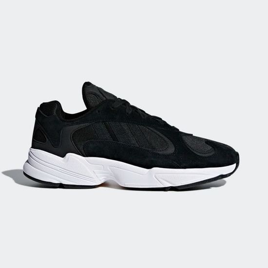 Et les sneakers les plus tendances de 2019 sont…