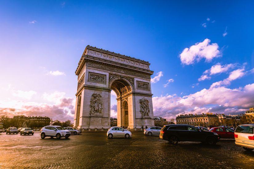 2019-10/paris-voiture.jpg