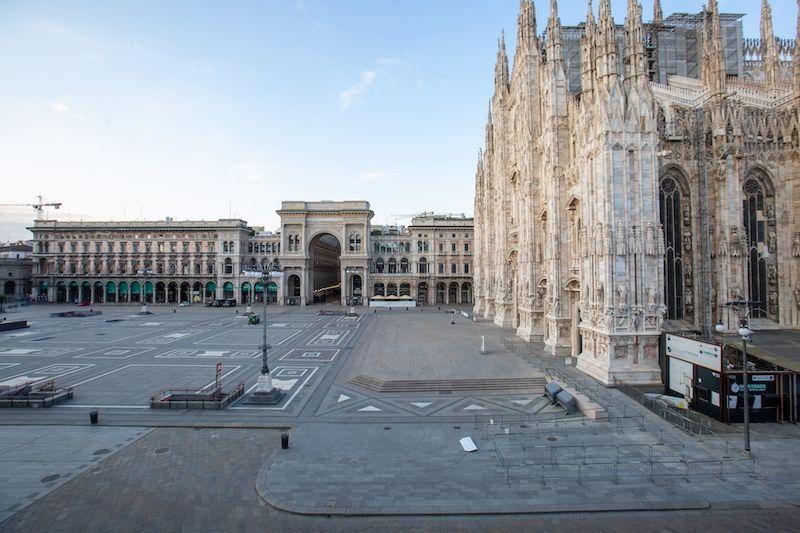 2020-03/piazza-del-duomo-a-milan.jpg