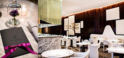 Le restaurant La Scène de l'hôtel Prince de Galles à Paris.