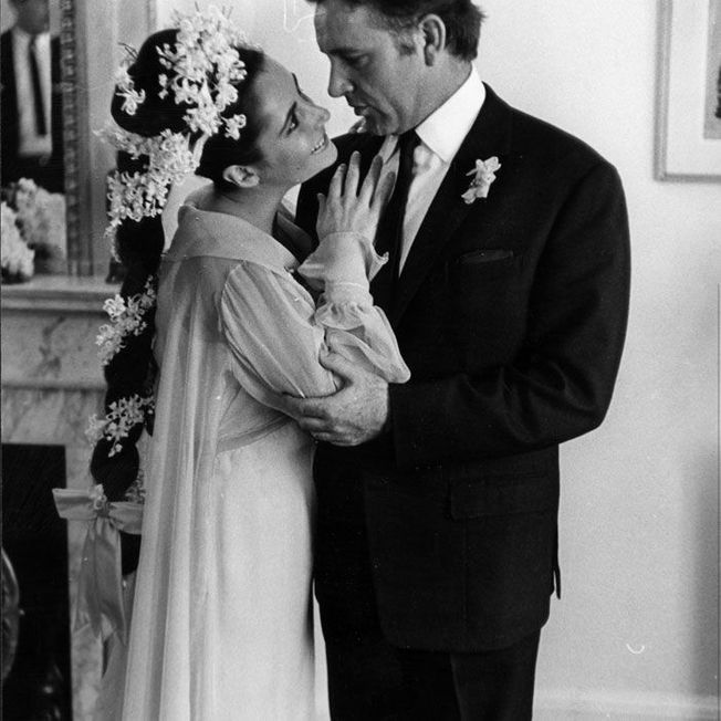 La coiffure de mariage d'Elizabeth Taylor.