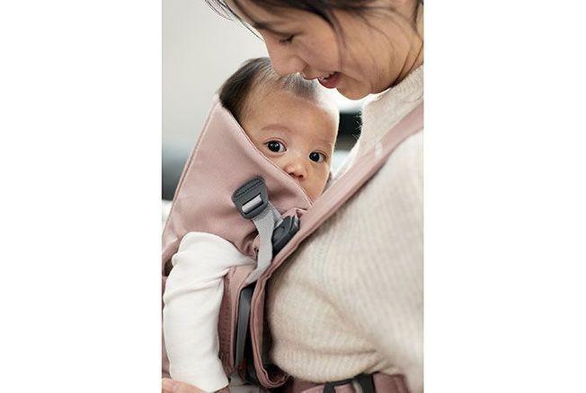 Modèle Coton du porte-bébé Mini de BabyBjörn d3662f14387