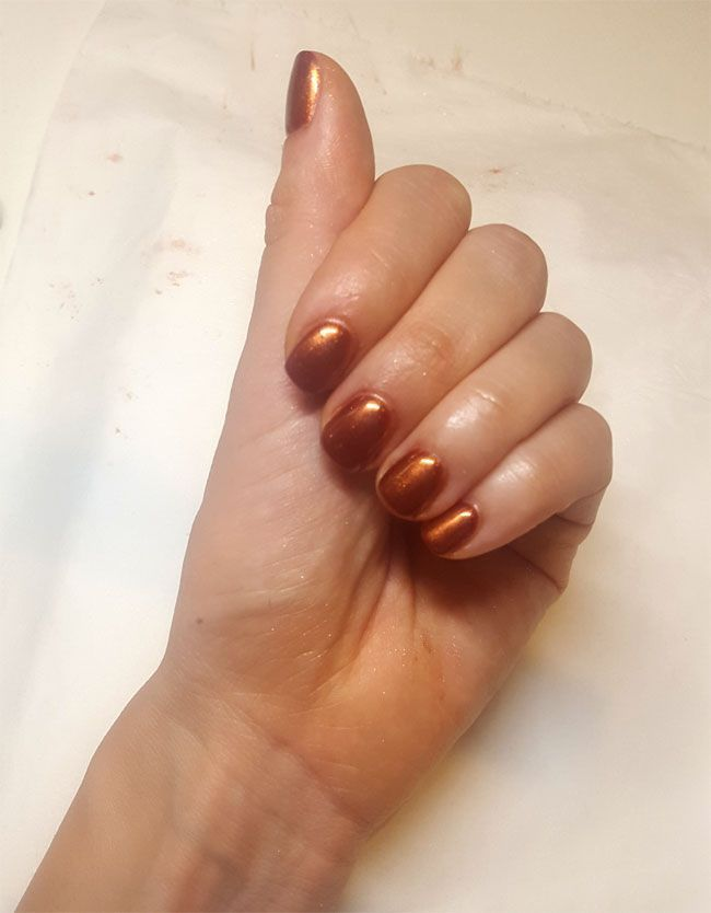 La poudre Chrome Effects Great Copper d'OPI en image.