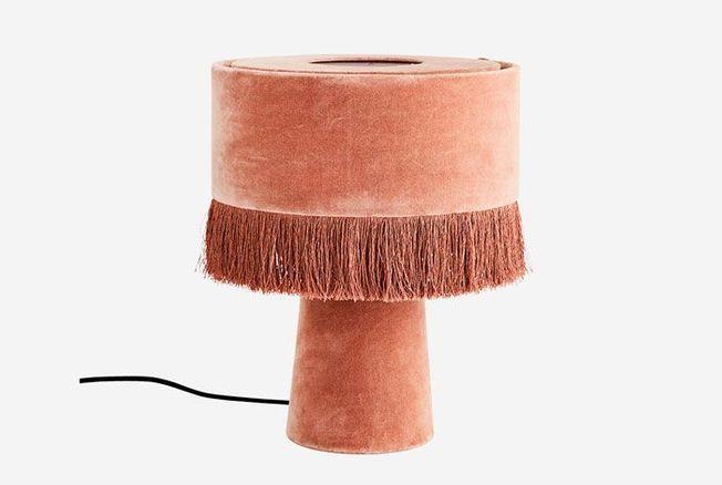 Lampe en velours velvet, rose poudré, Madam Stoltz, 124 €