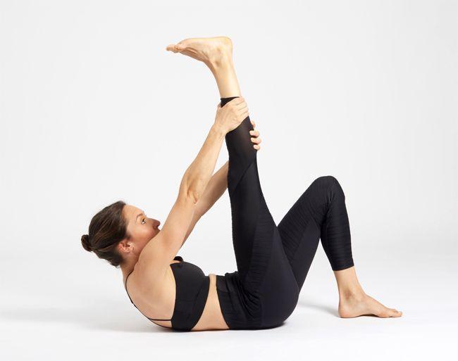 Du yoga pour muscler ses abdos.