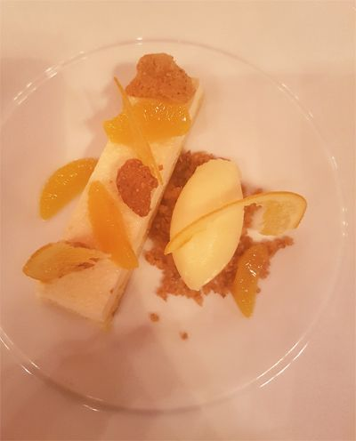 Un dessert du Rote Bar.