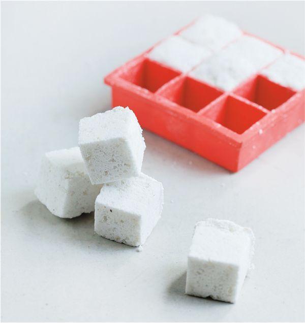 Des tablettes de lave vaisselle