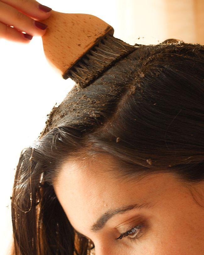 L'application sur la racine des cheveux MakeMyMask.