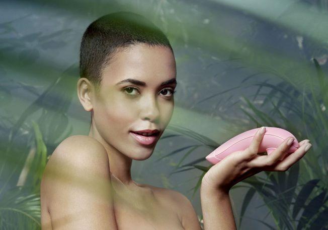 Le Womanizer premium eco nouveau sex toy clitoris.