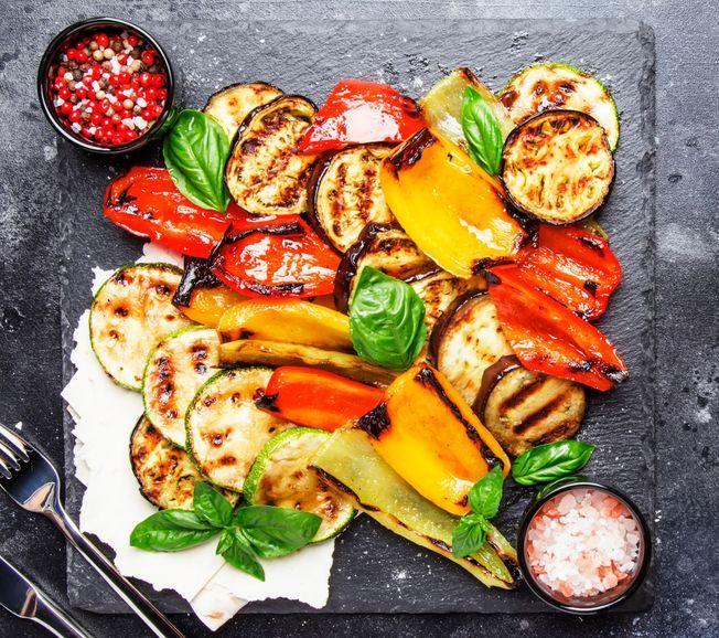 Des légumes au barbecue.