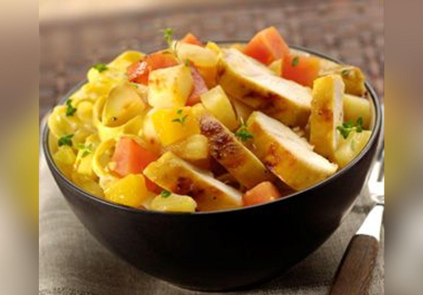 Poulet curry et fruits exotiques