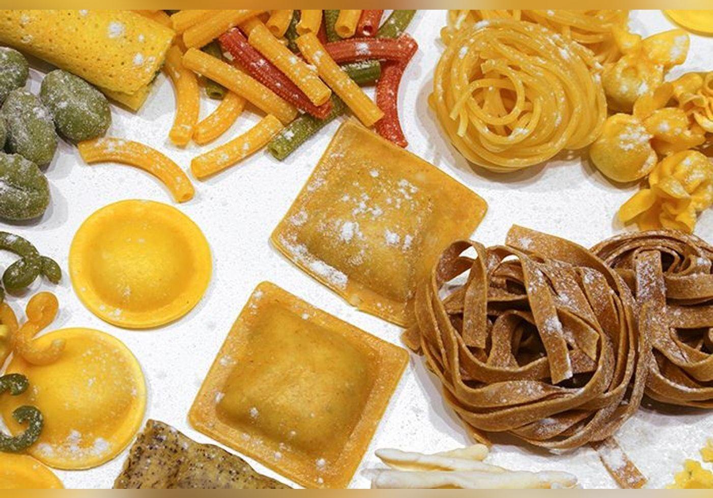 Julie Andrieu révèle la recette secrète de ces pâtes singulières et nous fait voyager en Italie