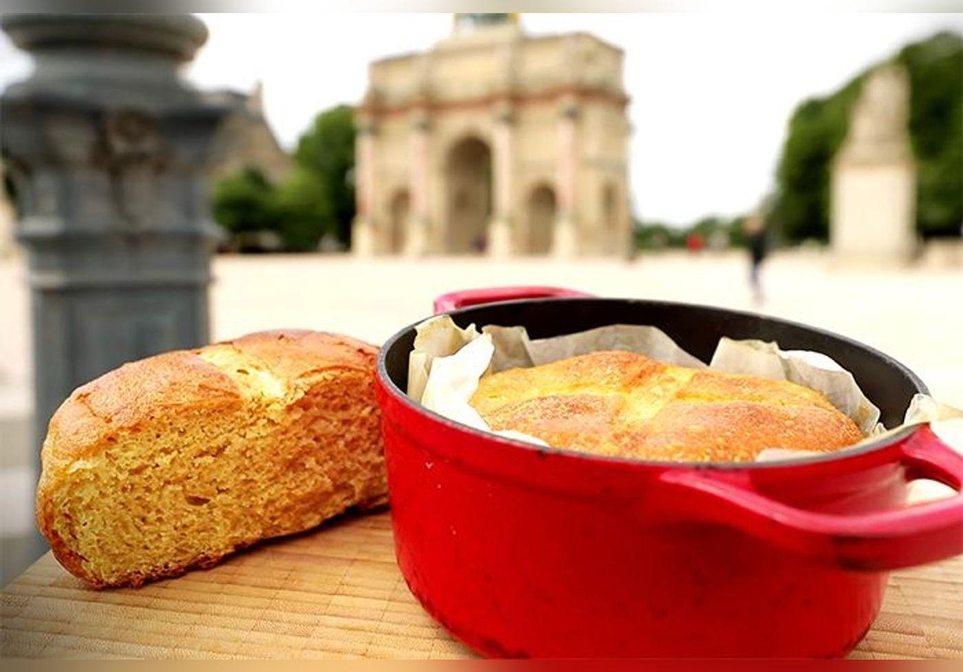 Eric Kayser réalise un pain ultra moelleux dans une cocotte, une recette facile et accessible à tous