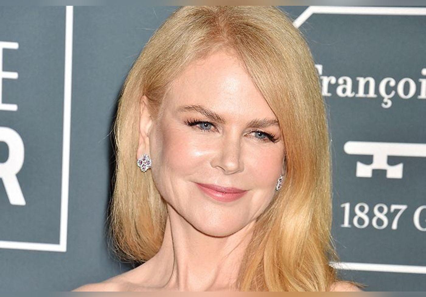 Nicole Kidman dévoile les visages de ses deux filles lors des Golden Globes… Ce sont les sosies de leur père