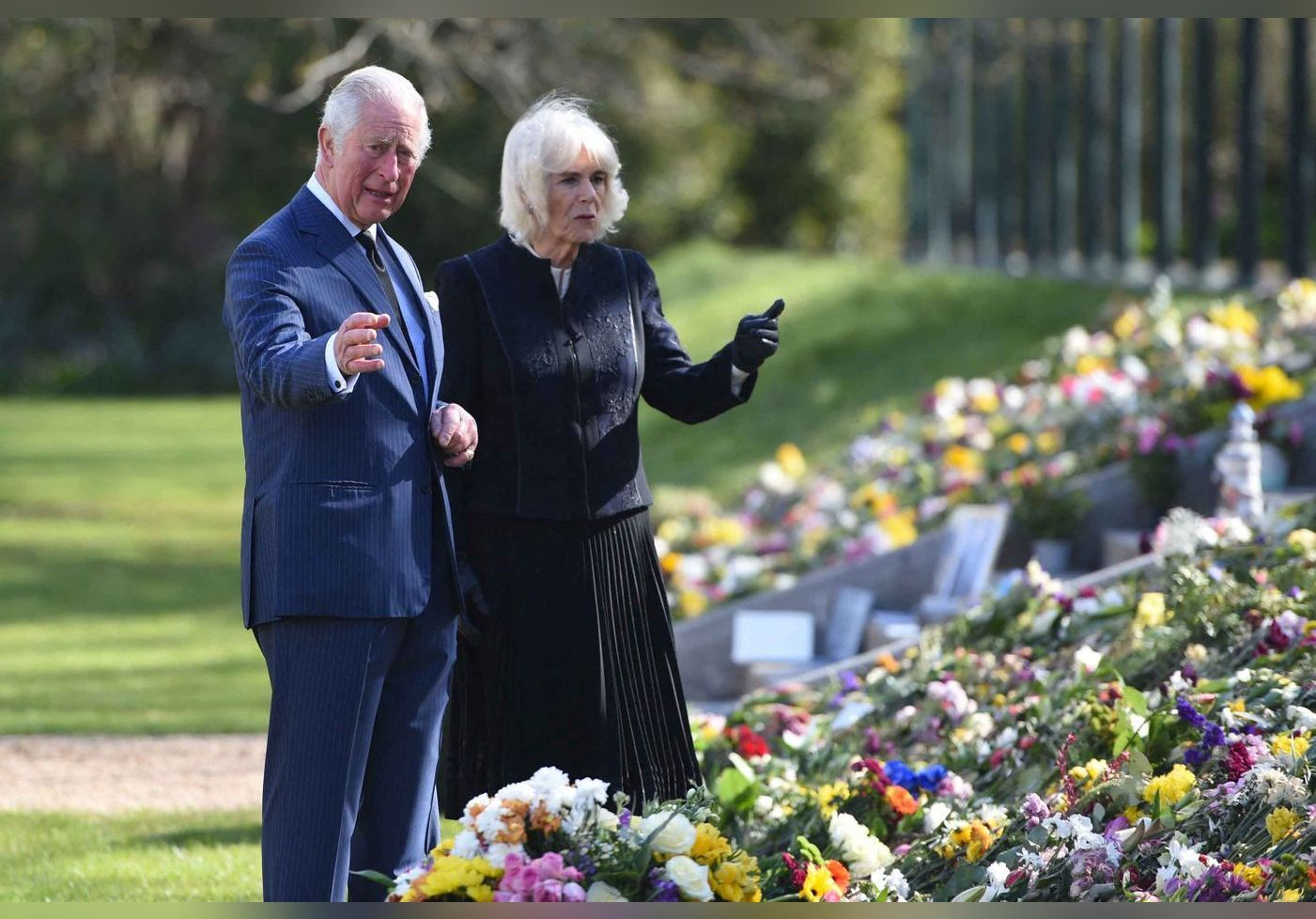 Le prince Charles fond en larmes : cet objet laissé à la mémoire de son père, qui l'a fait craquer