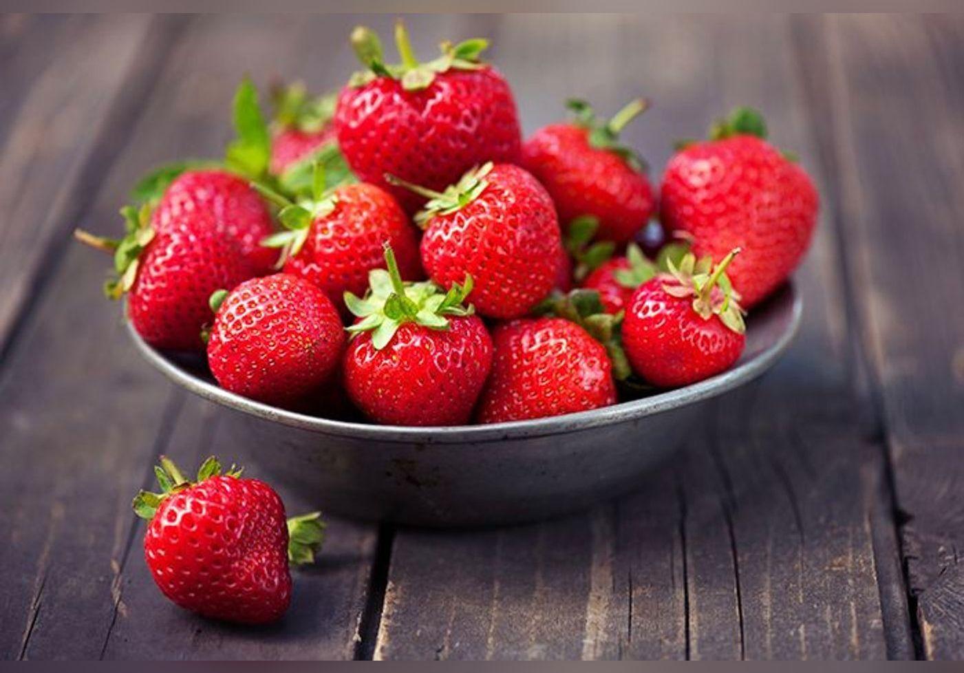 Voici l'astuce parfaite de Christophe Michalak pour sublimer des fraises