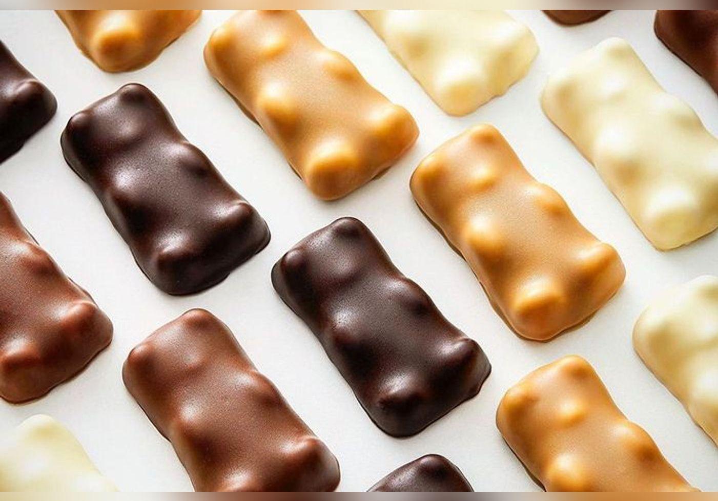 Cyril Lignac partage la recette de ses irrésistibles Oursons Guimauve… La gourmandise semble tout droit sortie de La Chocolaterie