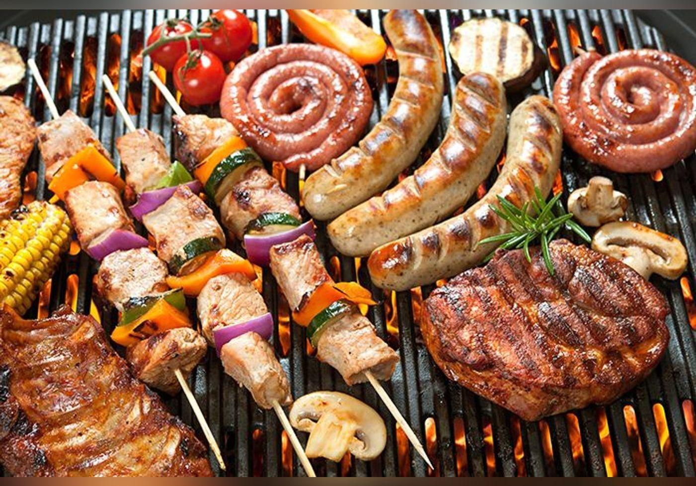 Voici l'astuce parfaite de Cyril Lignac pour sublimer une viande au barbecue