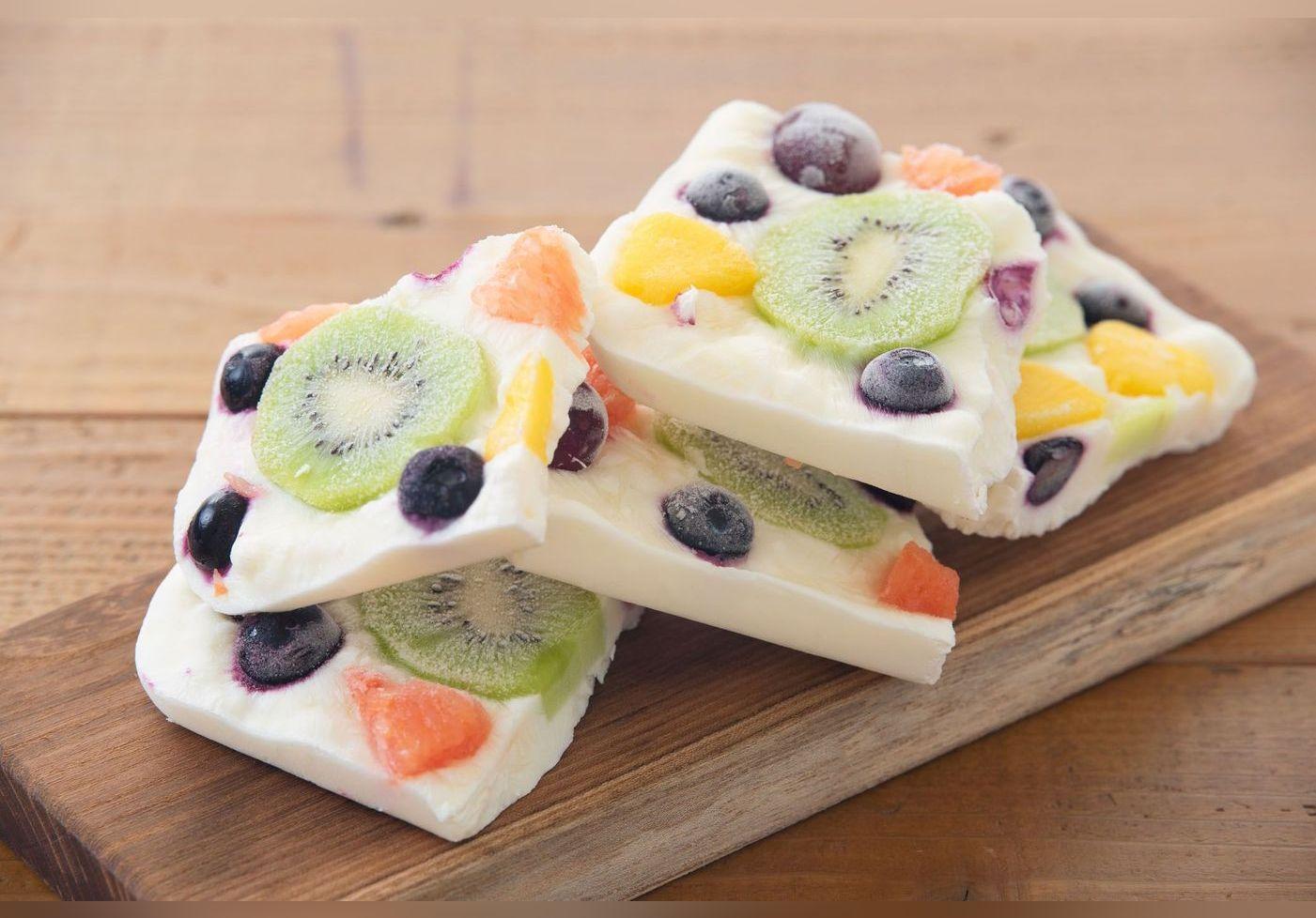 Cette technique ultra simple de yaourt glacé aux fruits de l'ancien candidat de Top chef, Diego Alary, fait le buzz