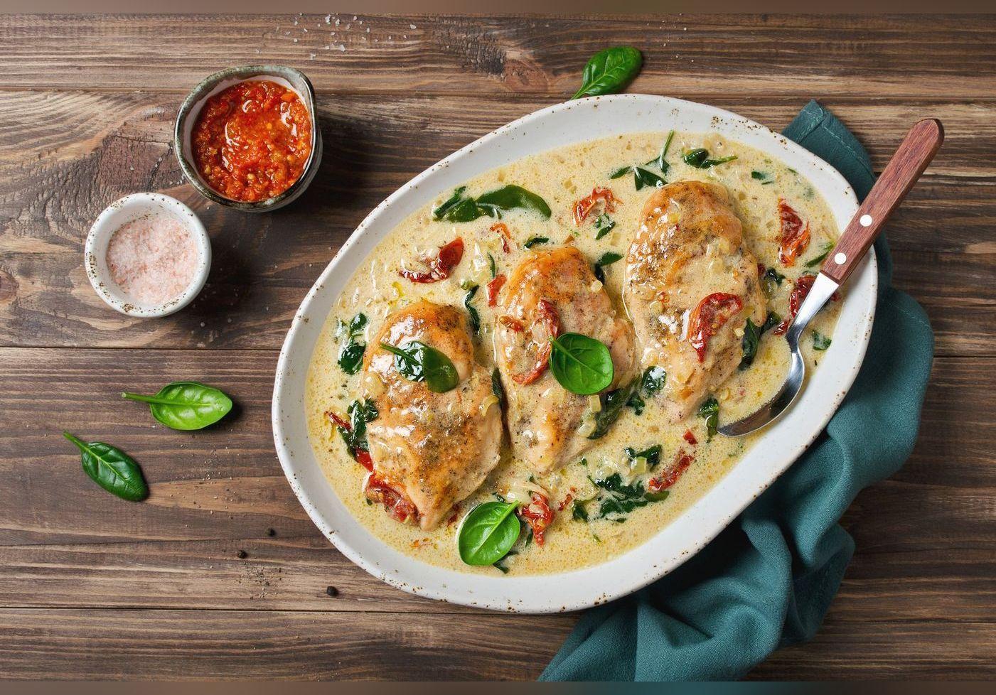 Cette technique pour cuire votre poulet va vous étonner. Le résultat est juste incroyable.