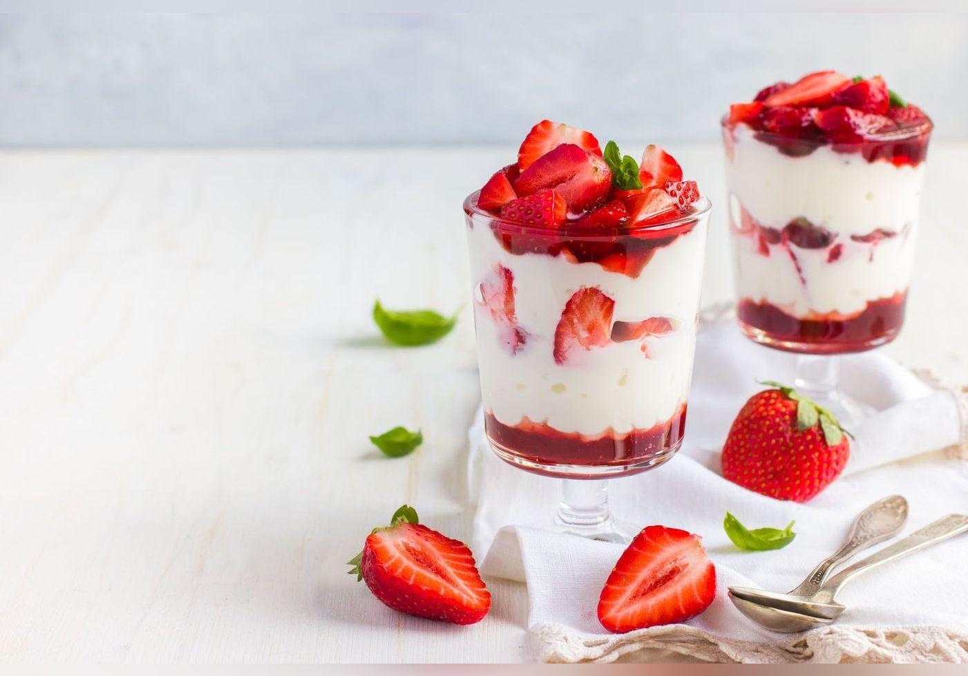 Laurent Mariotte dévoile sa recette ultra simple de fraises melba et elle est à tomber !