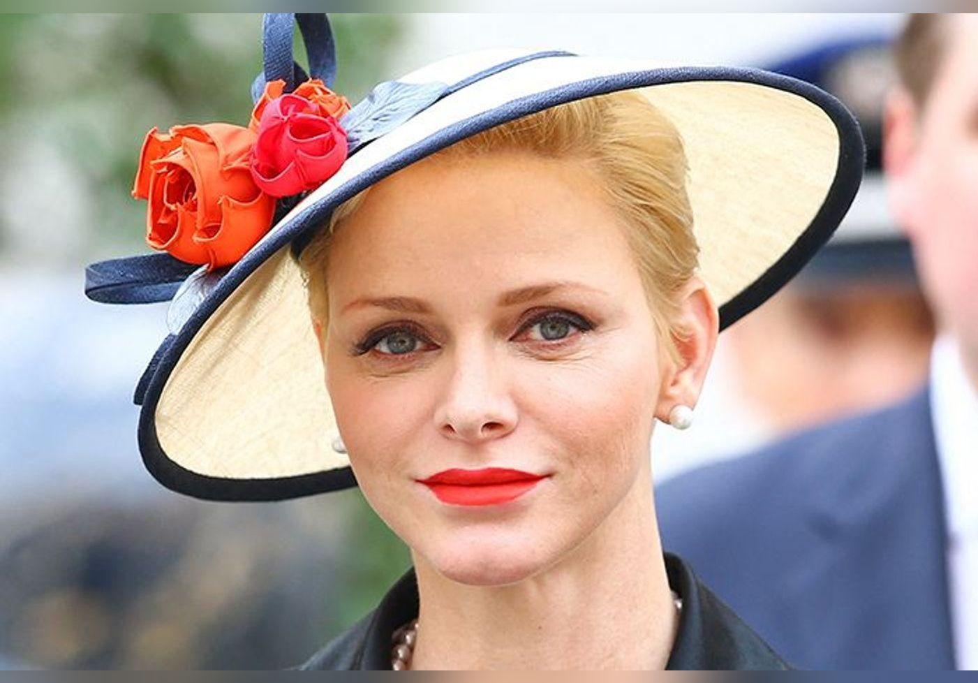C'est le parfum préféré de Charlene de Monaco… Signé d'une maison française, il est aussi porté par d'autres princesses