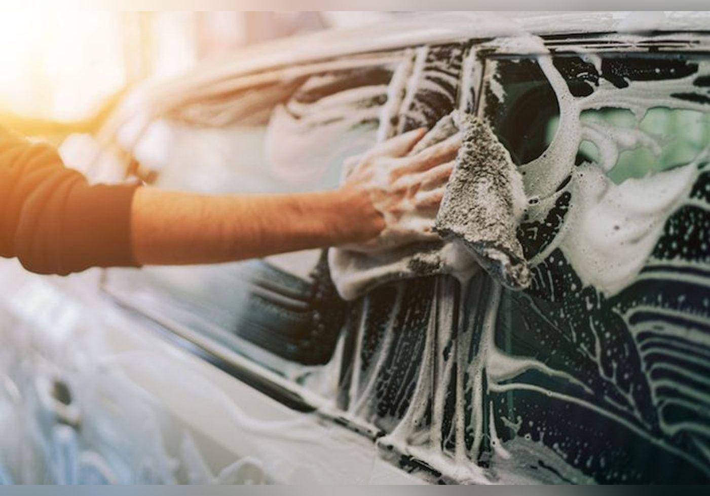 Laver sa voiture chez soi est strictement interdit par la loi !
