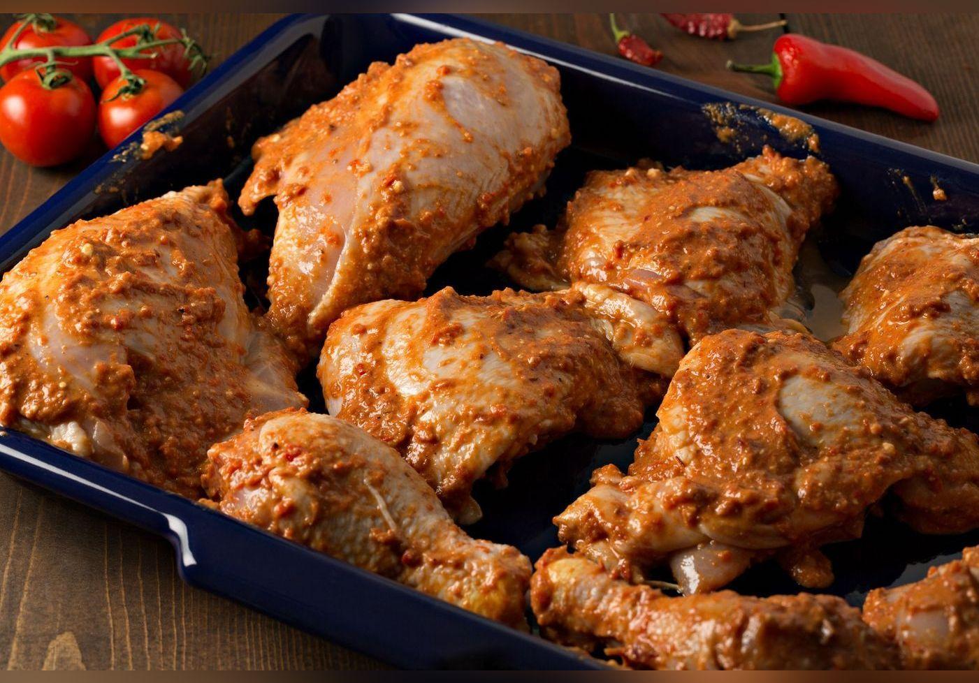 Cette technique pour cuire le poulet avec de la bière va vous étonner. Sa recette cartonne sur Internet