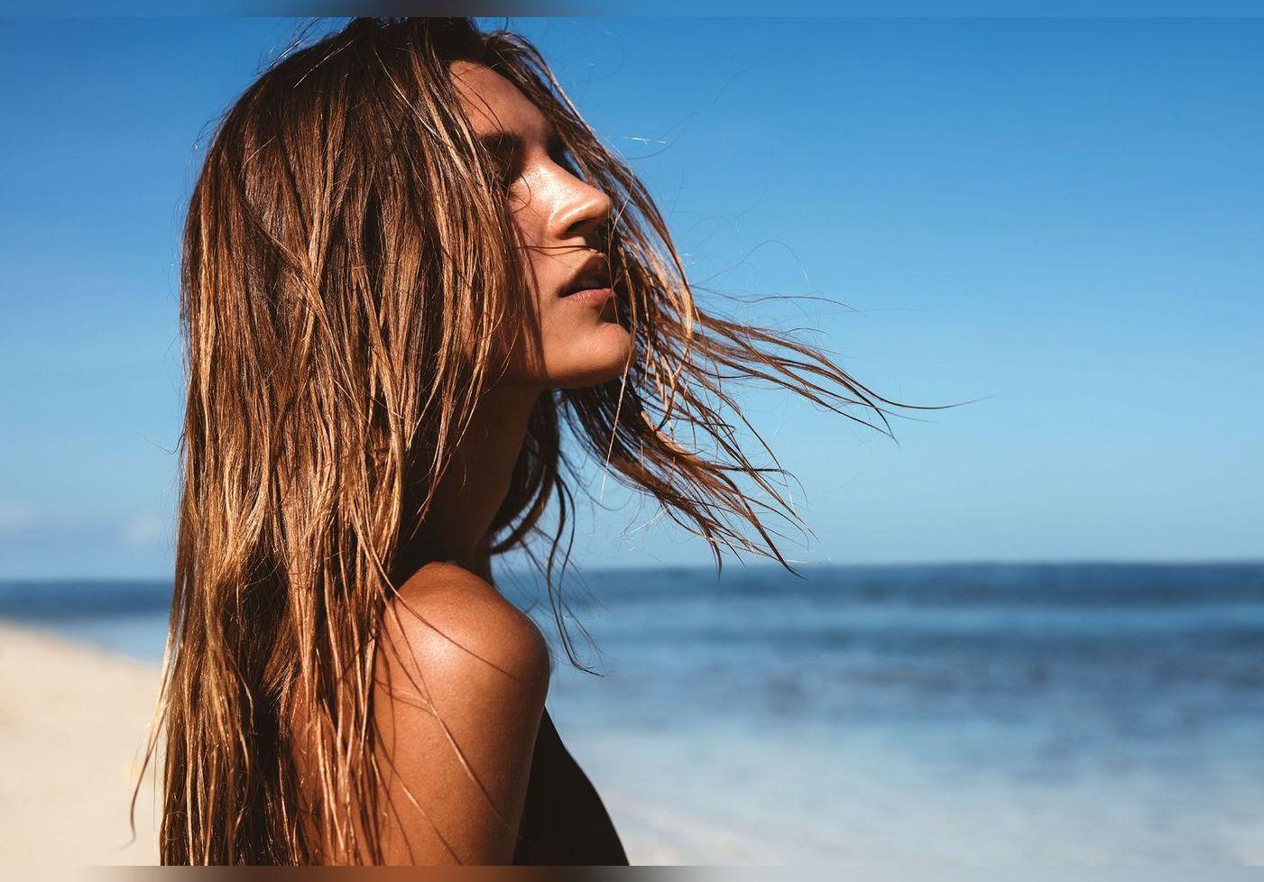 Soin capillaire naturel : mélangez ces 4 ingrédients pour nourrir vos cheveux (et c'est une pharmacienne qui le conseille)