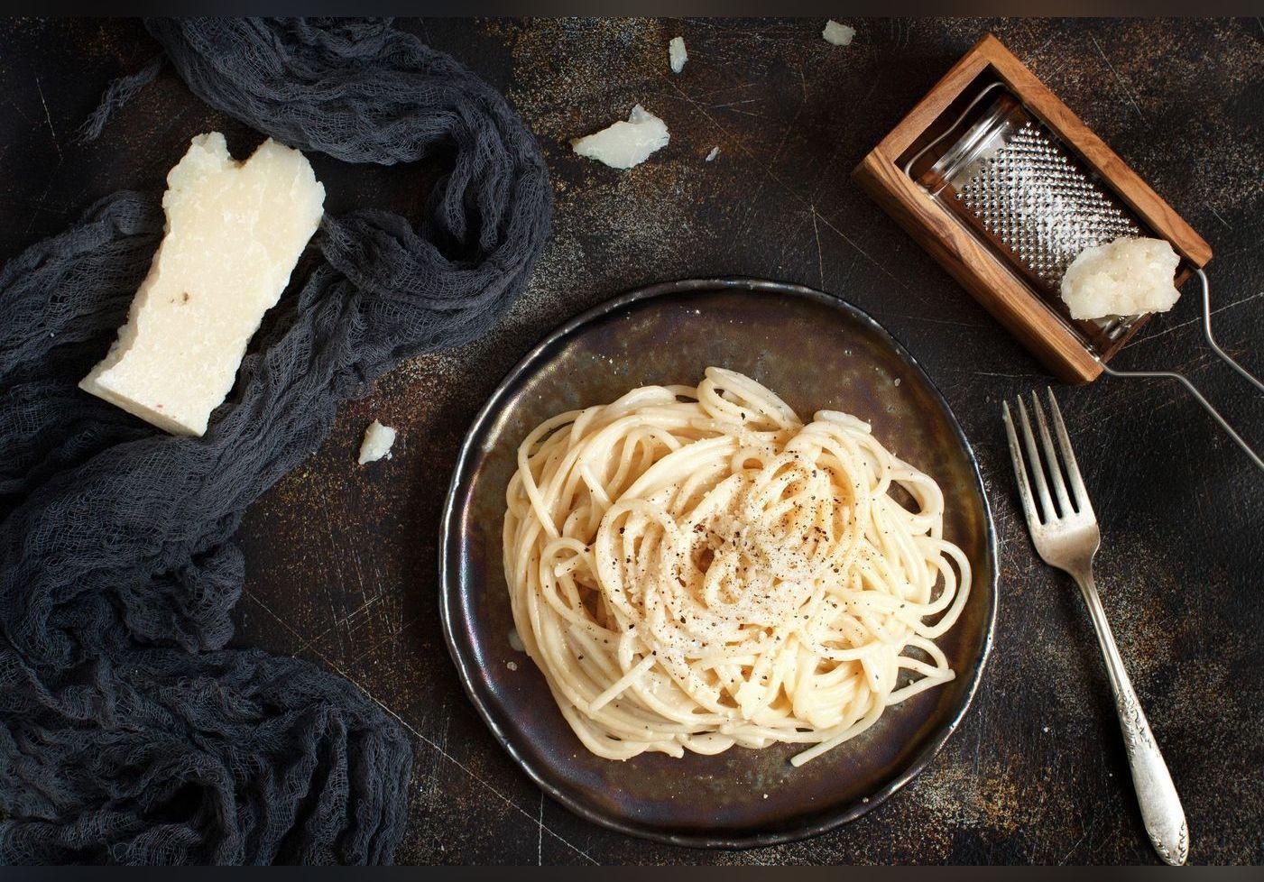Julie Andrieu dévoile la recette de sa « sauce magique » pour des pâtes incroyablement gourmandes