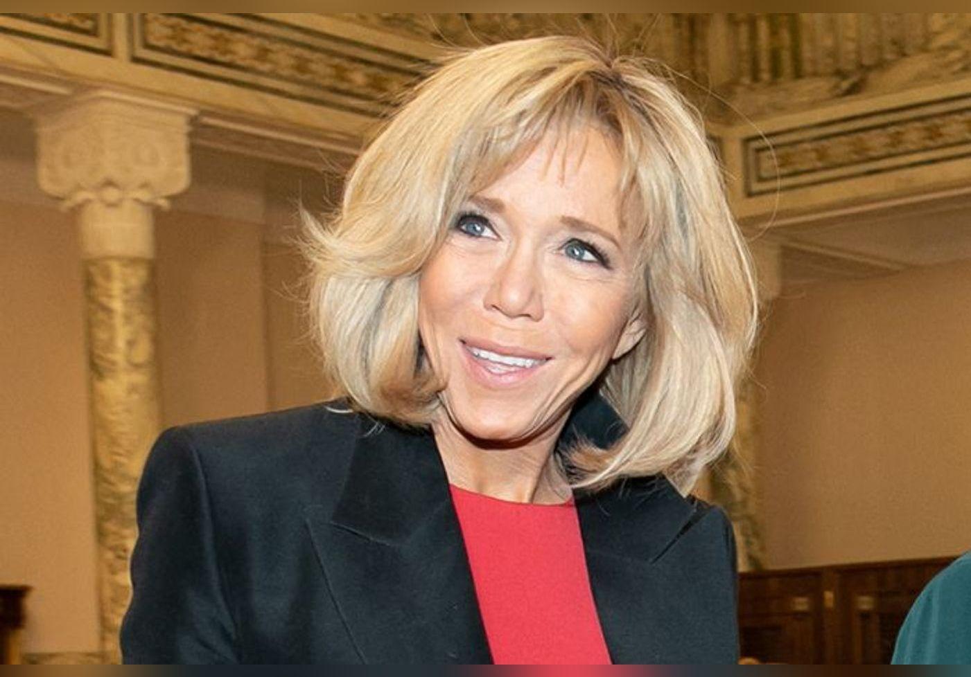 Brigitte Macron : ce bijou fétiche dont elle ne se sépare jamais est fabriqué en France par des artisans… On peut se l'offrir