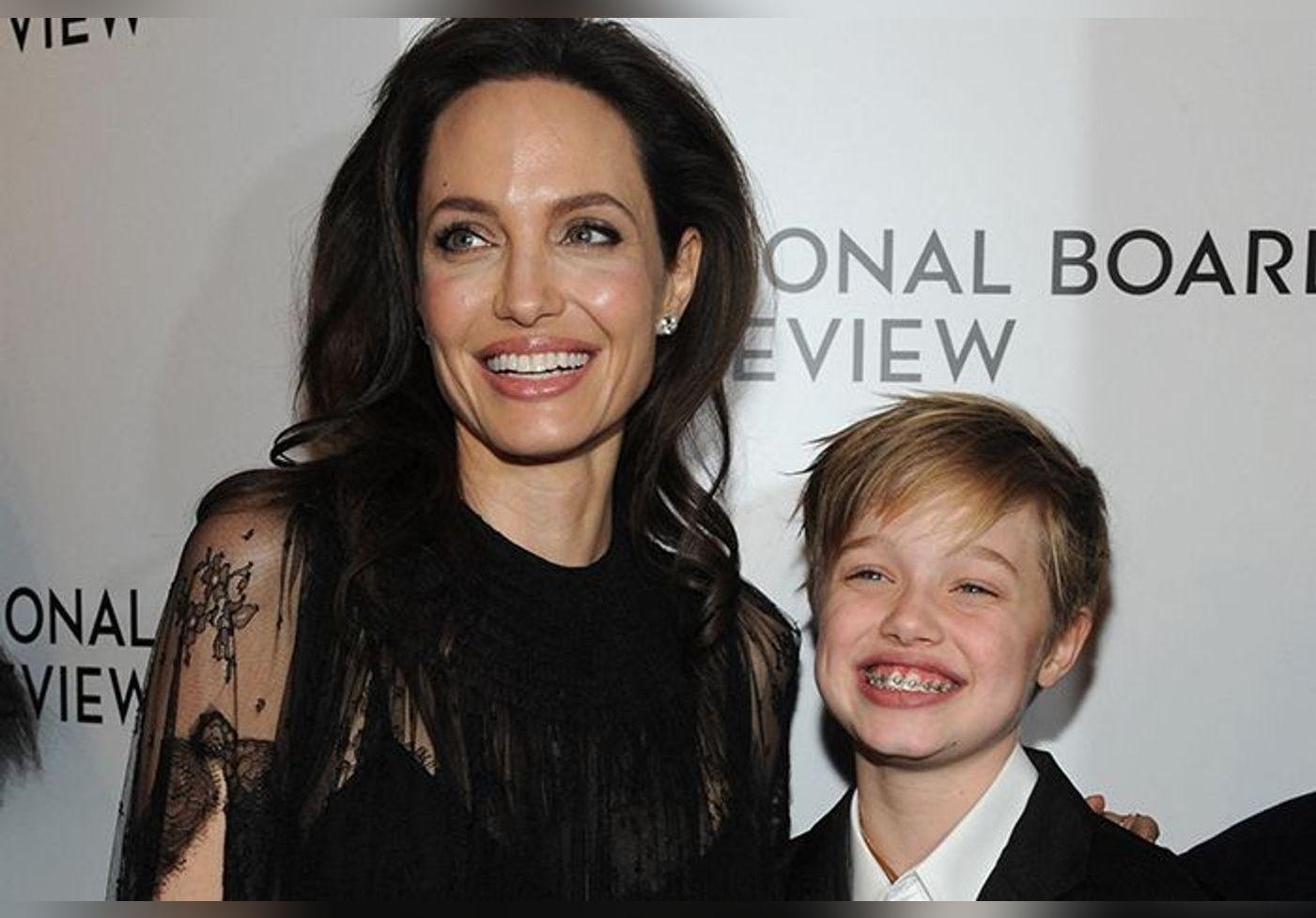 Angelina Jolie : sa fille Shiloh maquillée et avec des cheveux longs pour la première fois… Elle dit adieu à la coupe courte à la garçonne