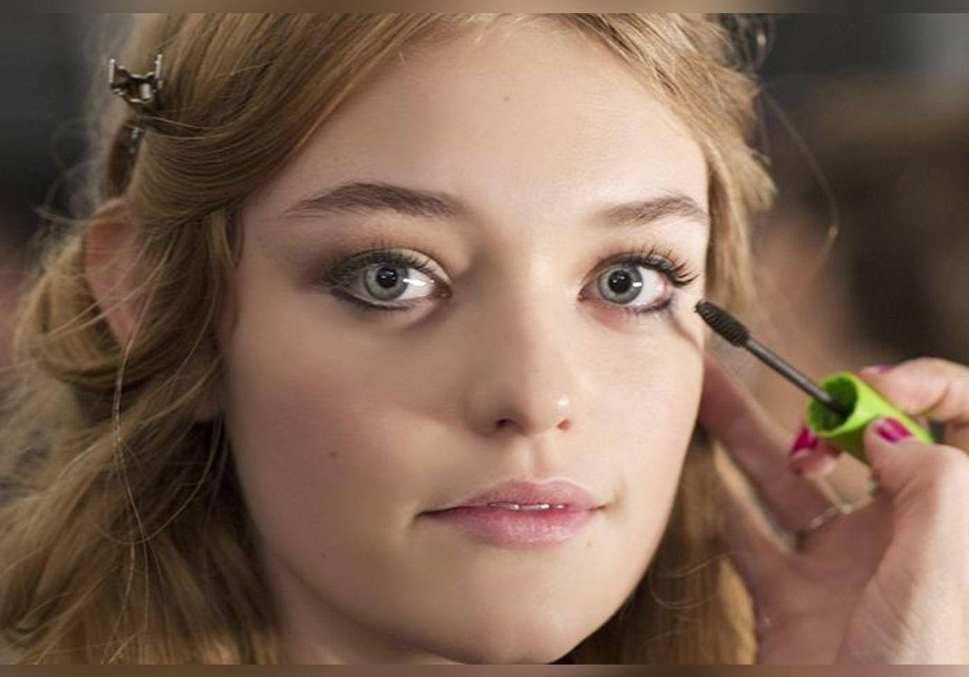 Mascara : voici le secret pour décupler le volume des cils et les rendre plus longs en quelques secondes… La vidéo crée le buzz