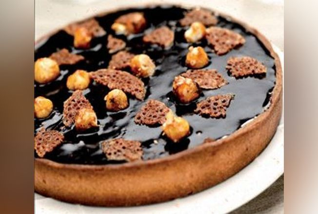 tarte chocolat noisettes recette tarte sucr e version femina. Black Bedroom Furniture Sets. Home Design Ideas