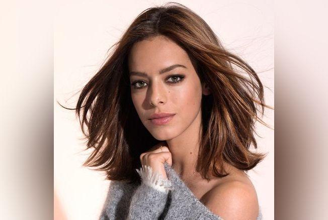 Coiffure cheveux aux paules perfect modele coiffure mi court with coiffure cheveux aux paules - Coupe carre epaule ...