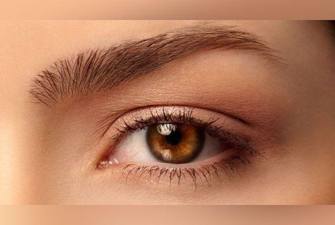 ultimate brow notre avis sur le make up des sourcils semi permanent. Black Bedroom Furniture Sets. Home Design Ideas