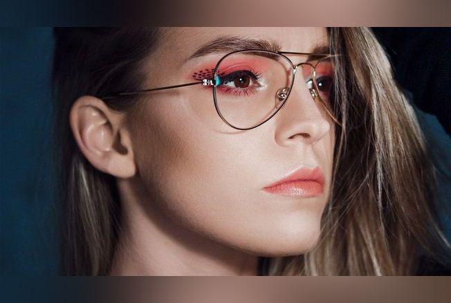 0f3453dc49 Comment se maquiller quand on porte des lunettes